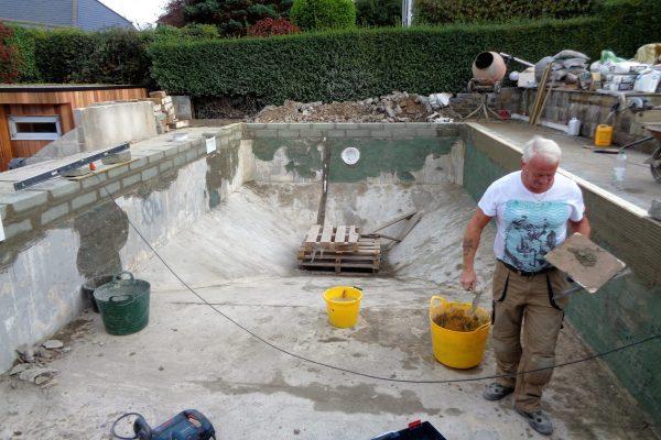 Tauranga Pool and Spa staff refurbishing pool