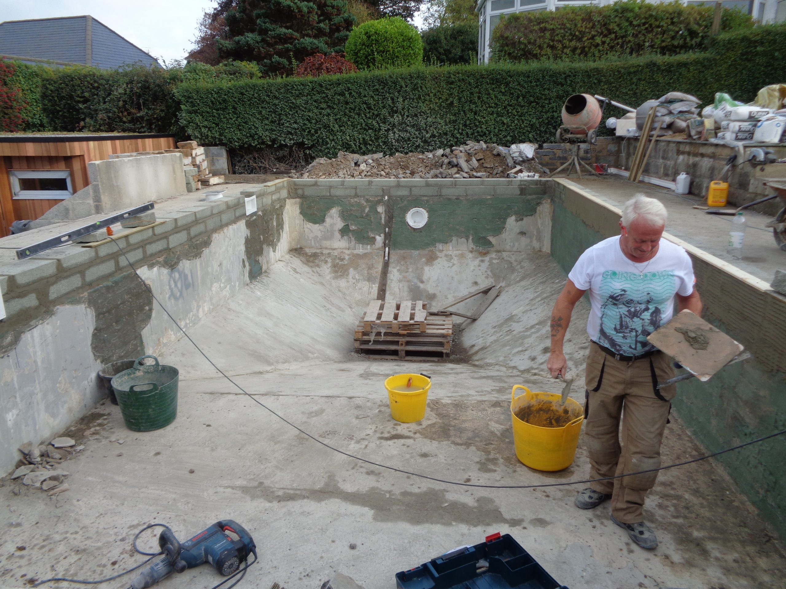 Pool Refurbishment in action