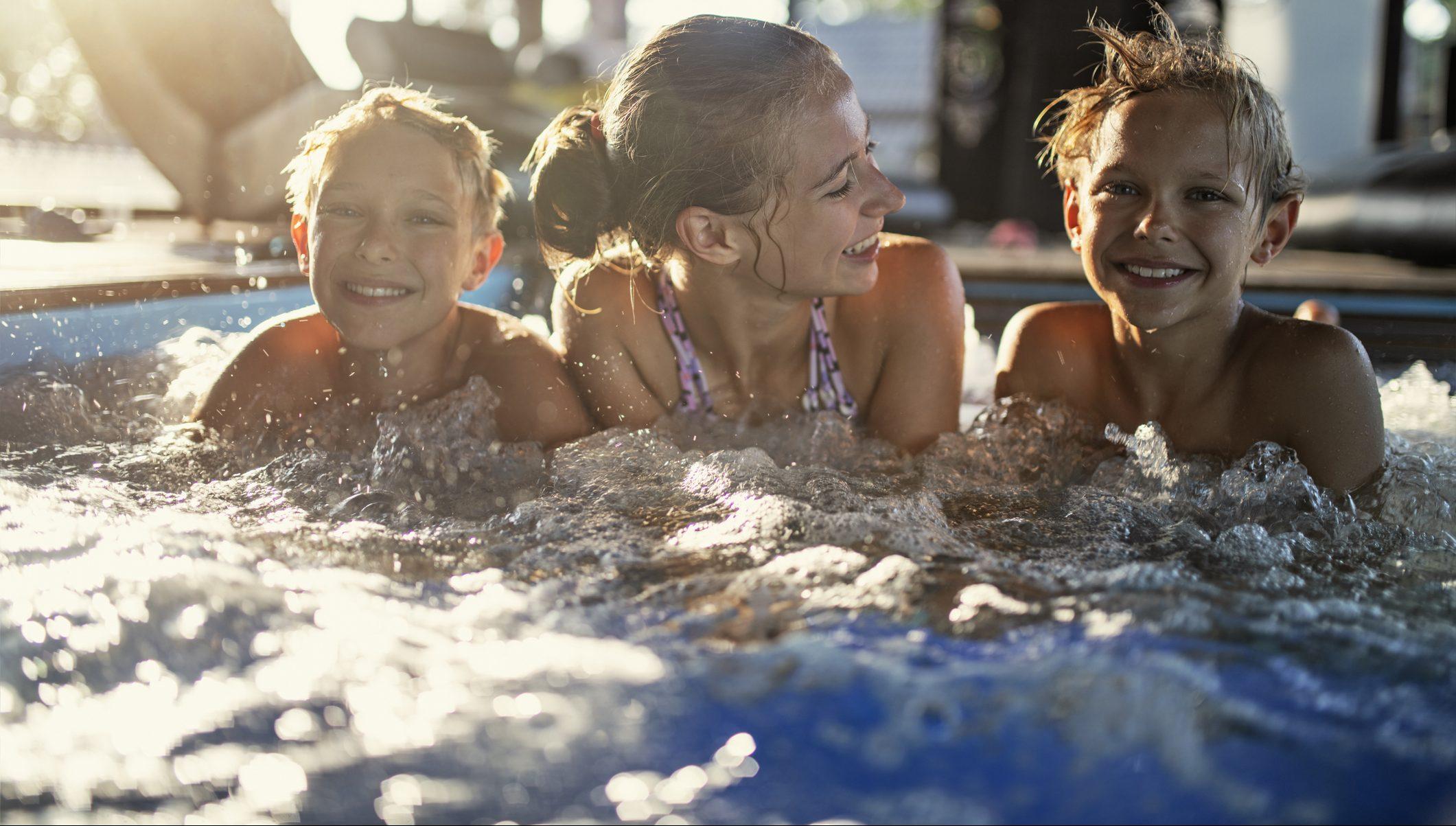Kids in spa pool - buy hot tubs taurangag pool